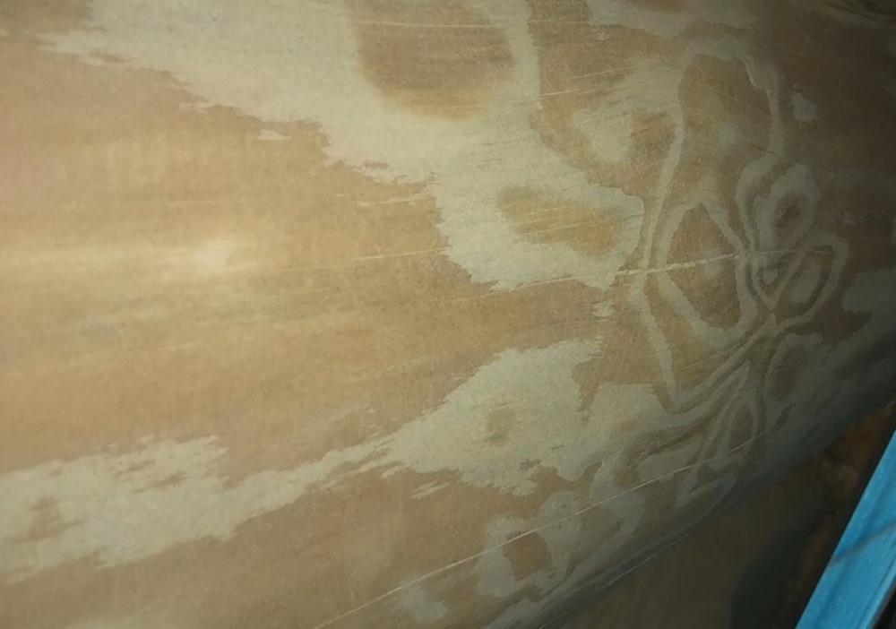 Так выглядит качественная шлифовка стен сруба из бревна