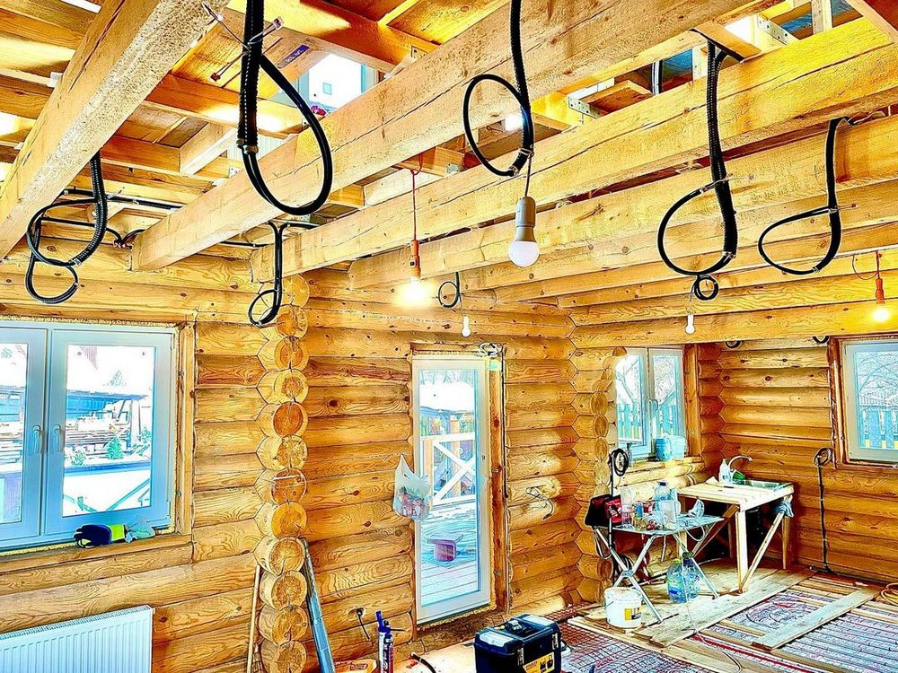 Проводка электрики в деревянном срубе