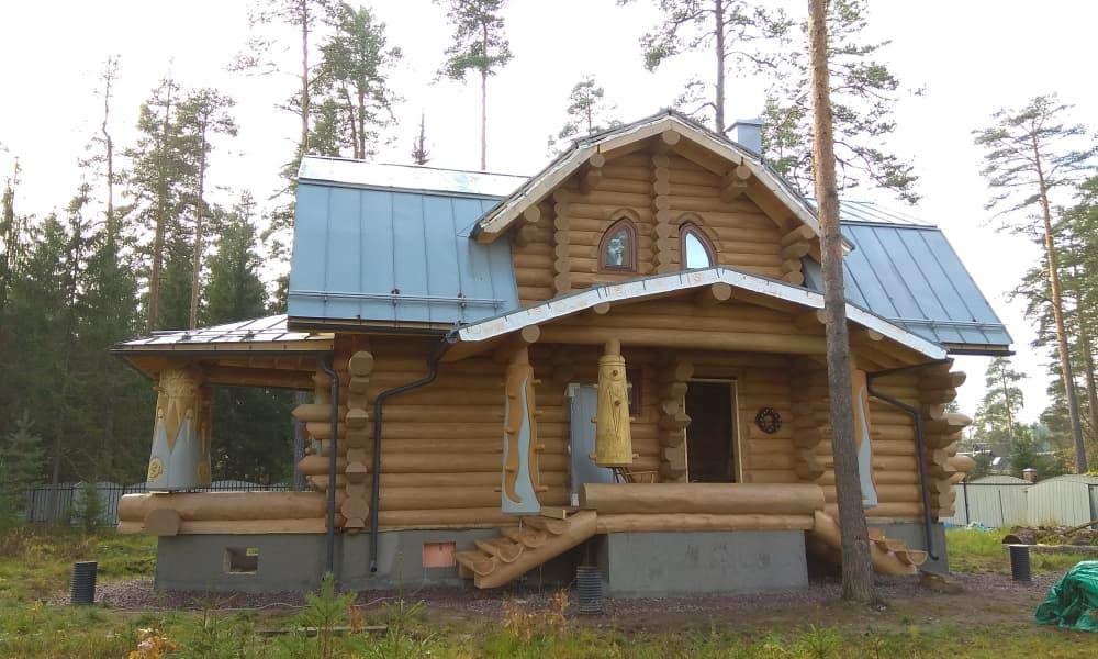 Сруб дома в русском стиле от компании УтКи